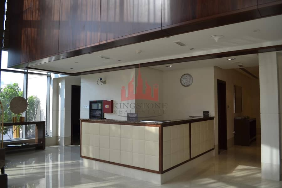 9 1 Bedroom Furnished South Ridge (Available 19 June)
