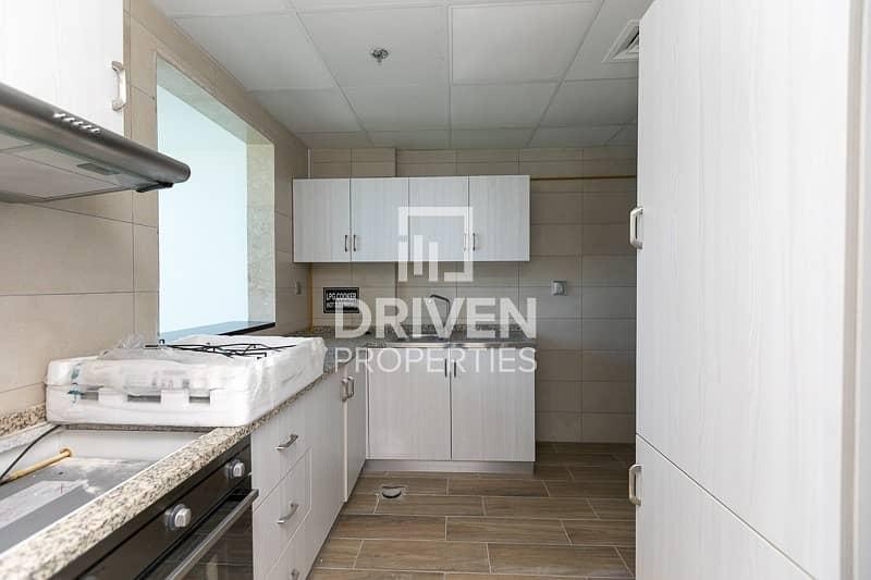 2  Luxurious 1 Bedroom Apartment