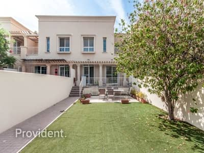 2 Bedroom Villa for Sale in The Springs, Dubai - High end and Well Maintained | Near Springs Souk