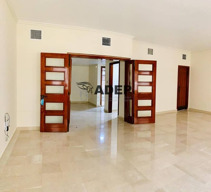 2 4BHK Limited Offer Available