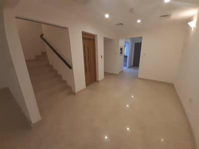 فیلا في مساكن أستوريا قرية جميرا الدائرية 3 غرف 109999 درهم - 4605756
