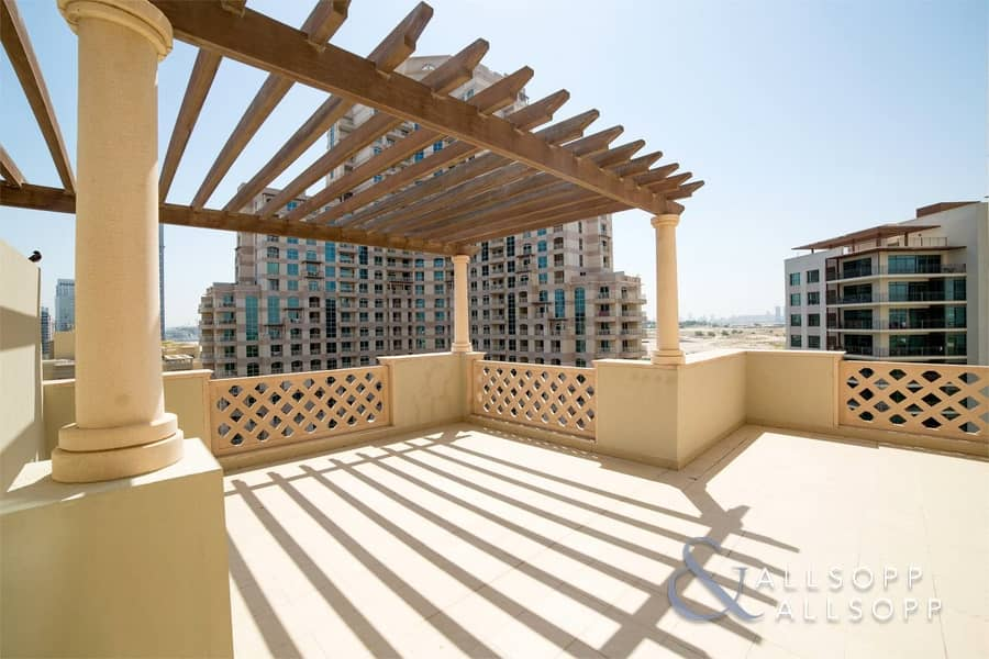 2 Bedroom Plus Large Terrace   Canal View