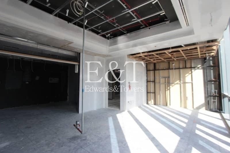 2 Exclusive Burj Khalifa Facing Office BPT1