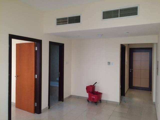 شقة في أبراج اليوسفي جاردن سيتي 1 غرف 15000 درهم - 4365756