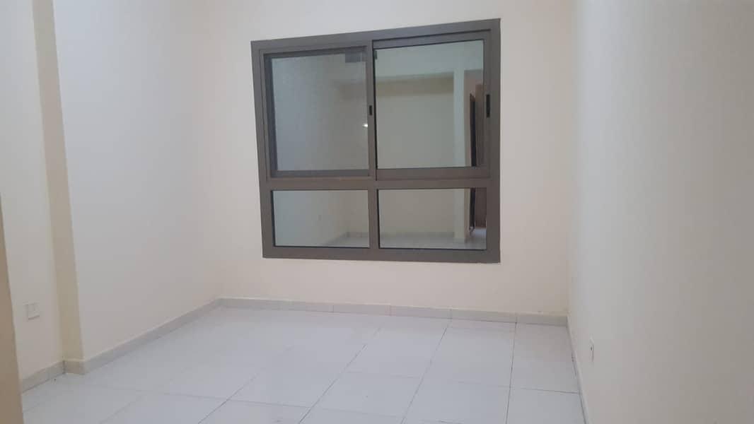 شقة في أبراج اللوز جاردن سيتي 1 غرف 14000 درهم - 4606180