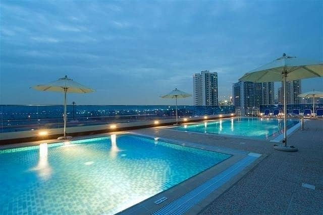 NO COMMISSION // 1 MONTH FREE FOR 2 BR APARTMENT @ BUSINESS BAY.