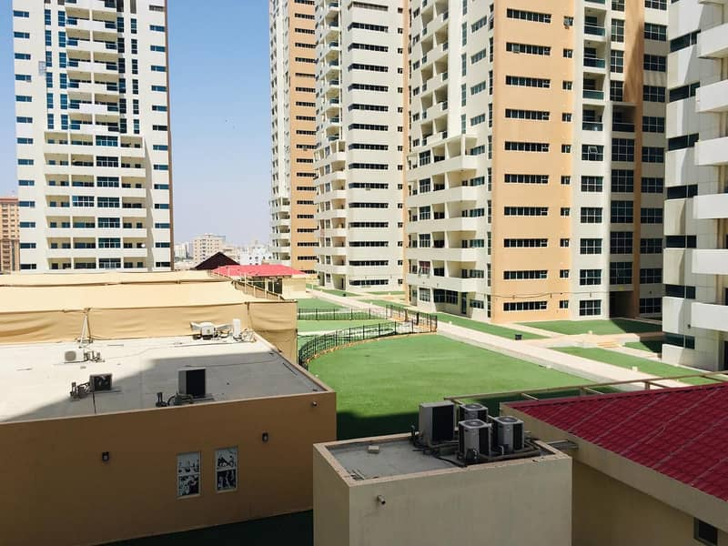 Hot deal  1 bhk closed kitchen with free parking for rent in Ajman one