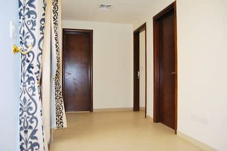 فیلا في قرية الحمراء 4 غرف 95000 درهم - 4606885