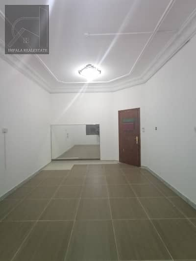 Studio for Rent in Defence Street, Abu Dhabi - Superb studio for 2500 Monthly behind Manila Pinoy Bakery Opposite AL Wahda Mall