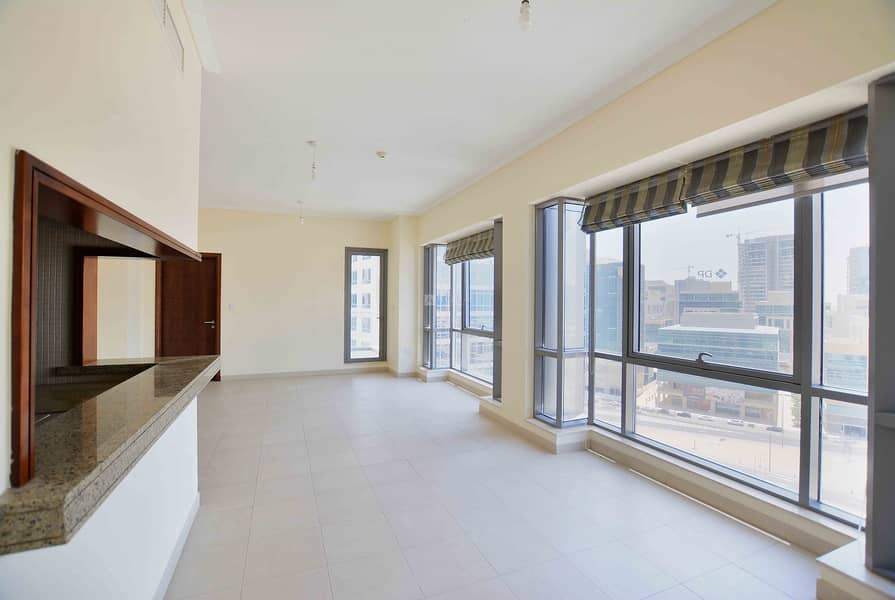 1 Bed Unit   Available June   Immaculate