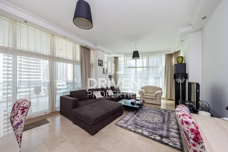 2 Luxurious 2 Bed Apartment with Maid's Room