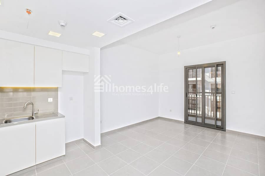 10 Ready To Move In | Excellent Layout |  Amenities