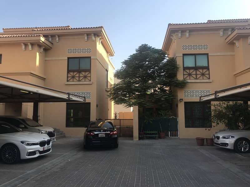 Modern 5 BR Small Compound Villa - Mushrif