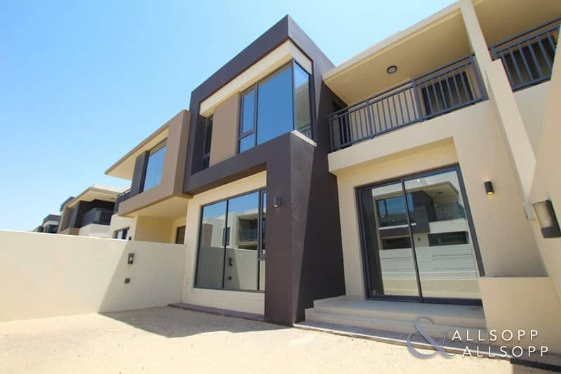 2 4 Beds 3M | Close To Park | Handed Over