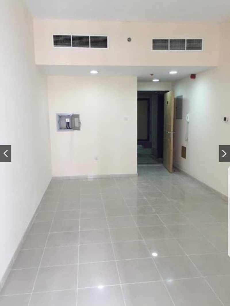 BEST INVESTMENT !!! 1 BHK FOR SALE IN PEARL TOWER WITH PARKING