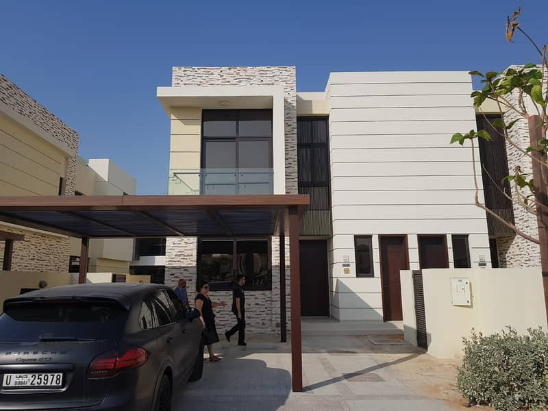 95K IN 2 CHEQS , BEAUTIFUL THM , 3 BED + MAID  VILLA FOR RENT IN DAMAC HILLS , RICHMOND CLUSTER