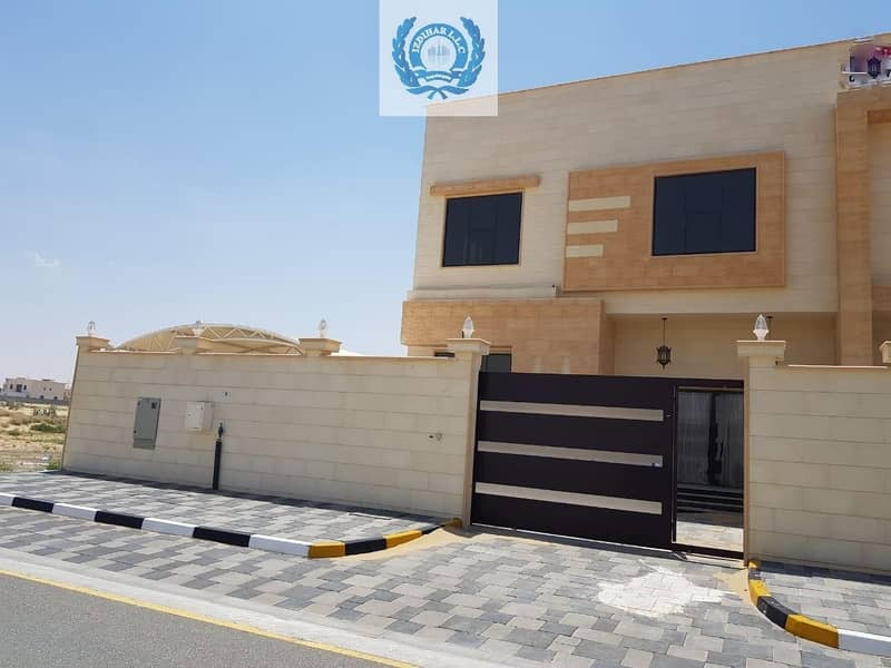 2 Beautiful Brand New Semi Attached 5 Bedrooms Vila in Hoshi