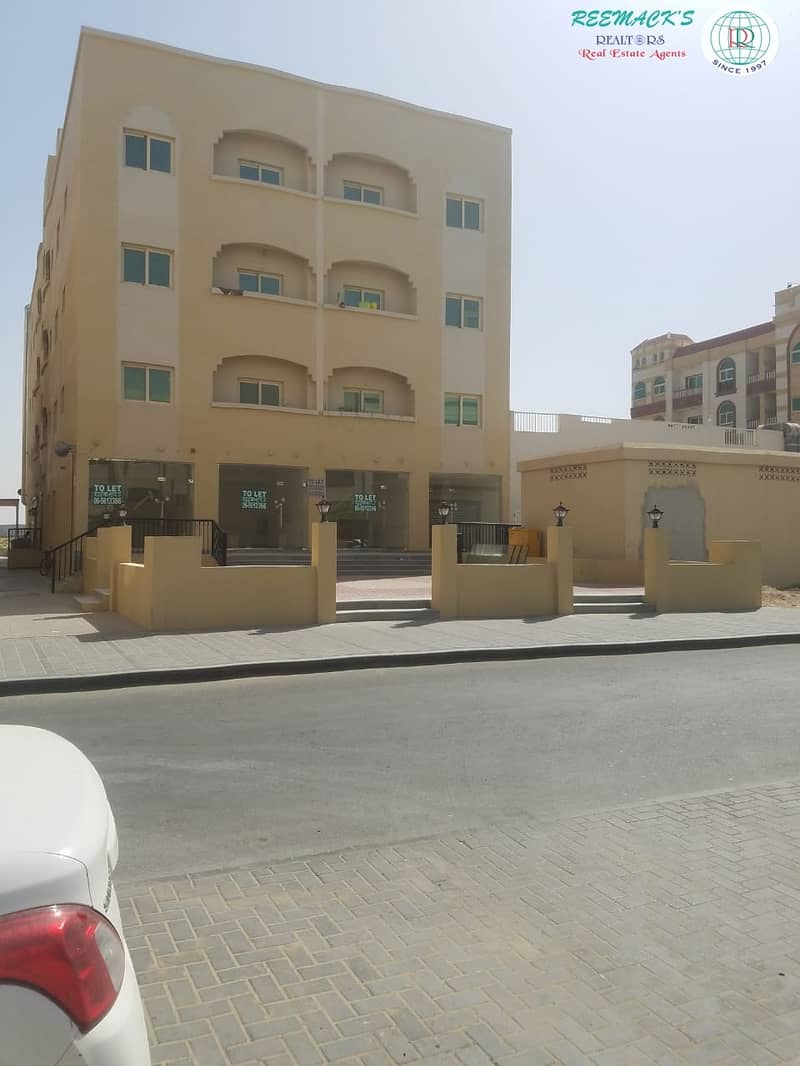 BRAND NEW 400 sqft SHOPS AVAILABLE ON UNIVERSITY  CITY ROAD