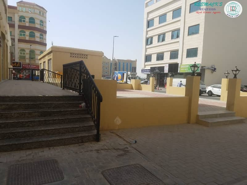 2 BRAND NEW 400 sqft SHOPS AVAILABLE ON UNIVERSITY  CITY ROAD