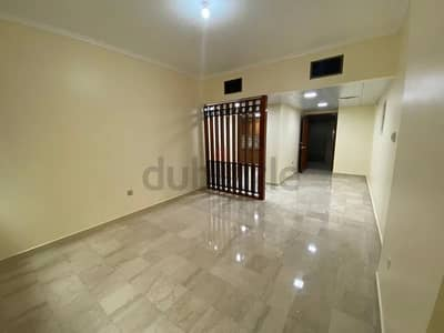 1 Bedroom Flat for Rent in Corniche Area, Abu Dhabi - Well Maintained and Spacious 1BHK  near World Trade Center Mall for Rent!