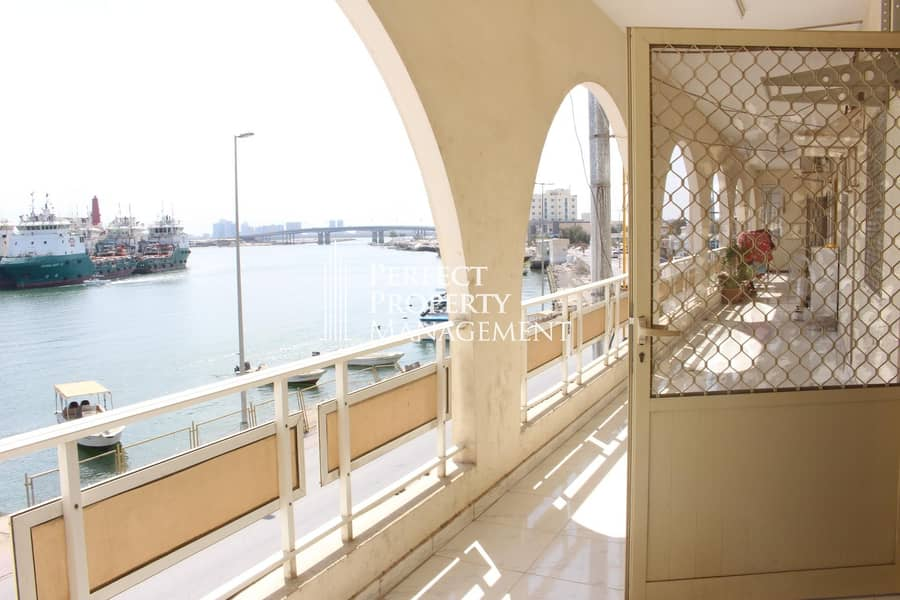 Sea view 2 bedroom apartment for rent near to Old Souq