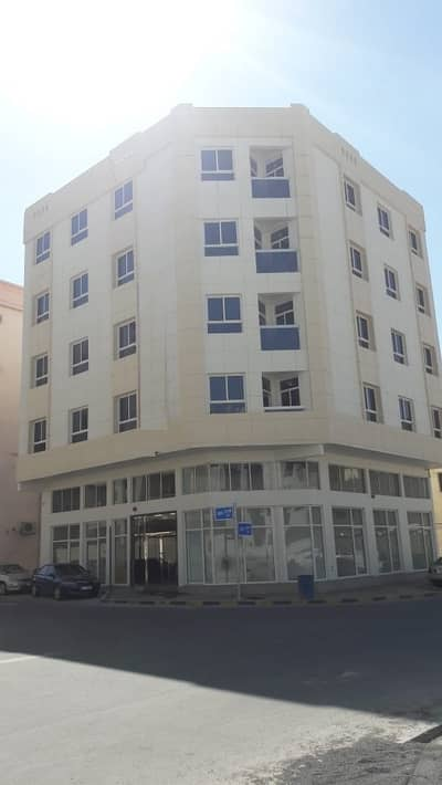 New building, the first inhabitant for sale in Al Nuaimia, excellent location and excellent annual return