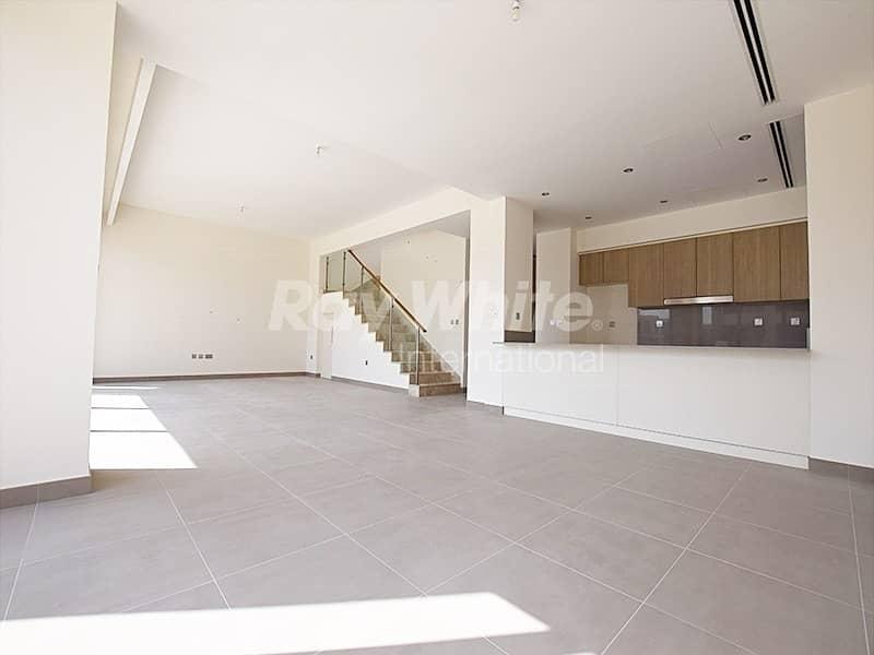 2 Stunning  Villa I Maid's & Storage Room I Phase 2