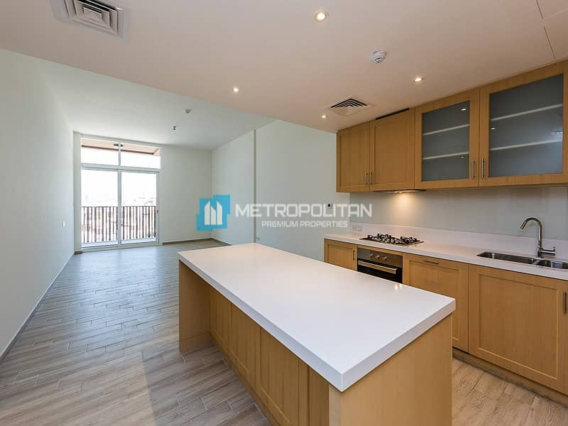2 Luxury Finishing /Park View/Spacious Design Layout