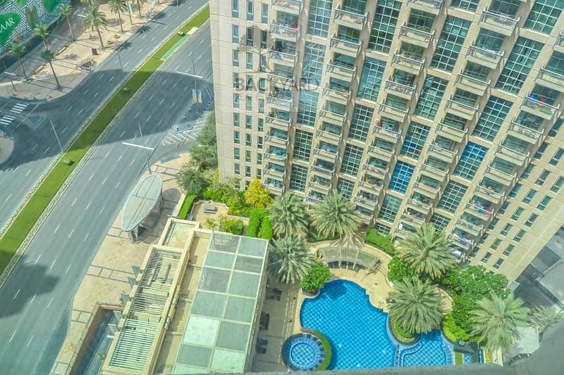 2 2BR | Pool View | Chiller Free | StandPoint