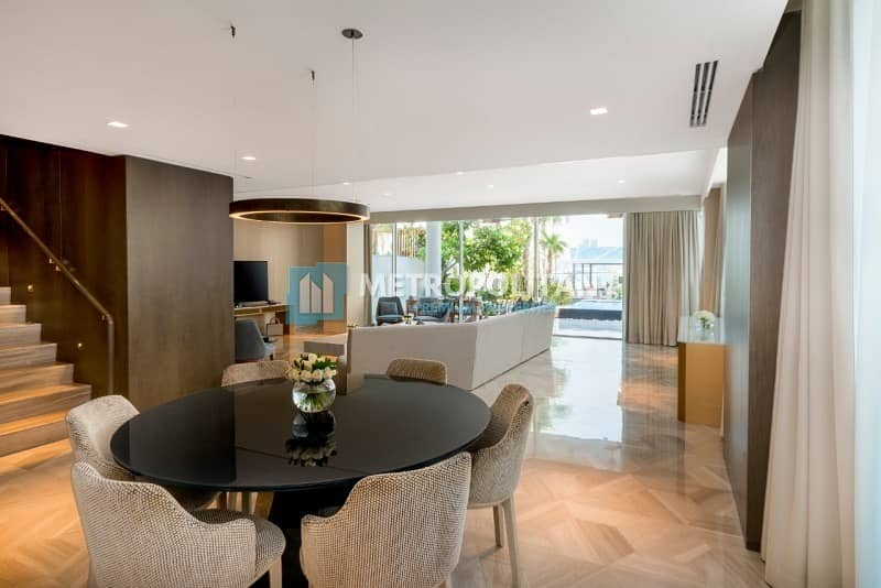 10 Rare Townhouse I Great Deal I Stunning  View