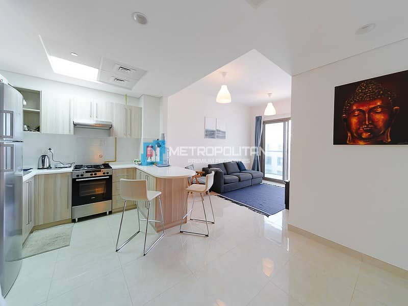 2 Fully furnished I Spacious 3 Bedroom w/ pool view