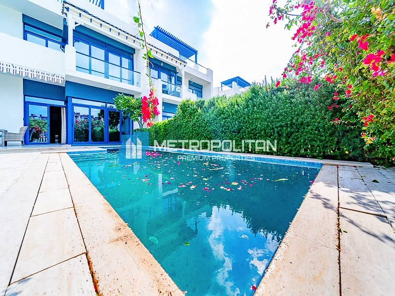 15 Furnished I 5 bedrooms villa I Stunning Sea View