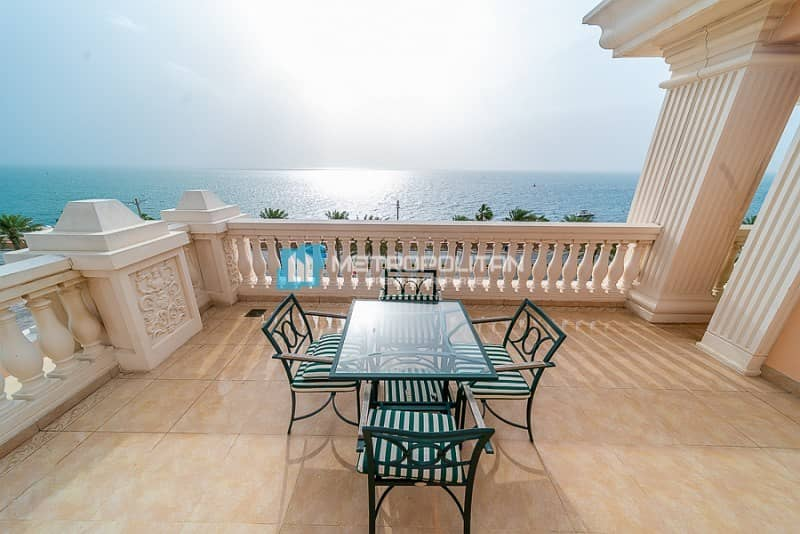 15 Corner Unit | Large Terrace with Swimming Pool |