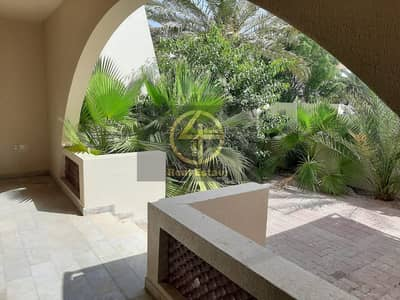 5 Bedroom Villa for Rent in Al Karamah, Abu Dhabi - Ready to move !Captivating and Airy