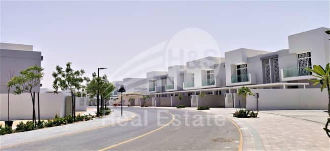 3 Bedroom Townhouse for Sale in Mudon, Dubai - Corner Unit | Larger Type | Close to Pool