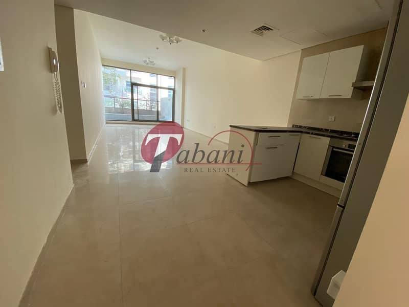 2 Great Offer I Spacious Luxury Apartment