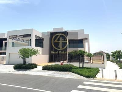 فیلا 4 غرف نوم للبيع في جزيرة السعديات، أبوظبي - Luxurious Beach-side Villa w/ Premium Facilities