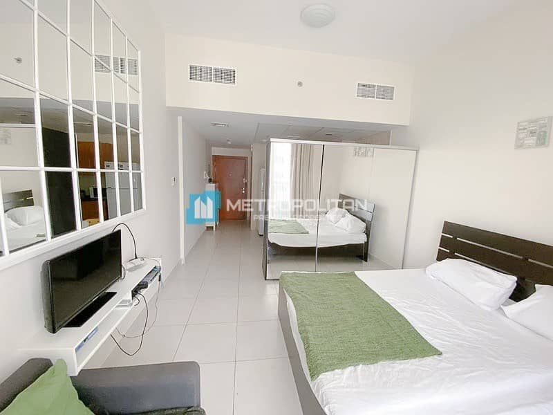 Fully Furnished studio/Middle floor/Marina view