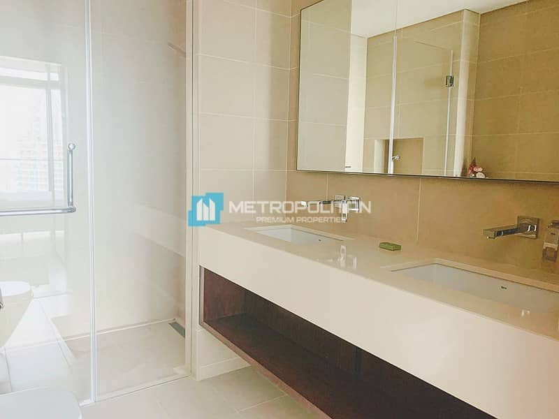 18 Fully furnished/Full Marina View/High Floor/Vacant