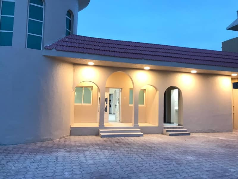 GRAB THE DEAL LAVISH ARABIC STYLE VILLA 10000 SQFT 6 BEDROOM HALL MAJLIS WITH AC FOR RENT IN AJMAN