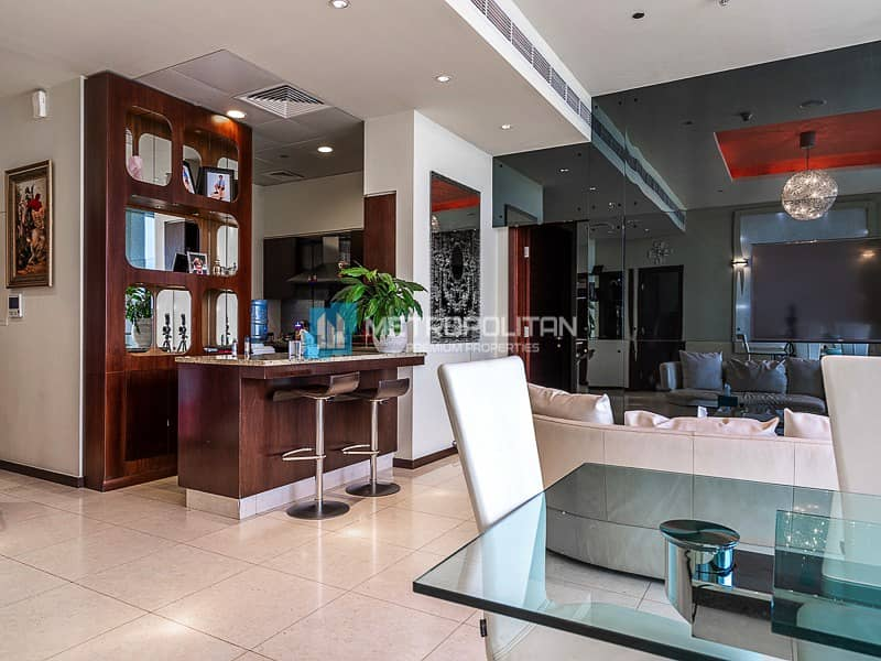 Upgraded 2 bedrooms with panoramic yacht bay views
