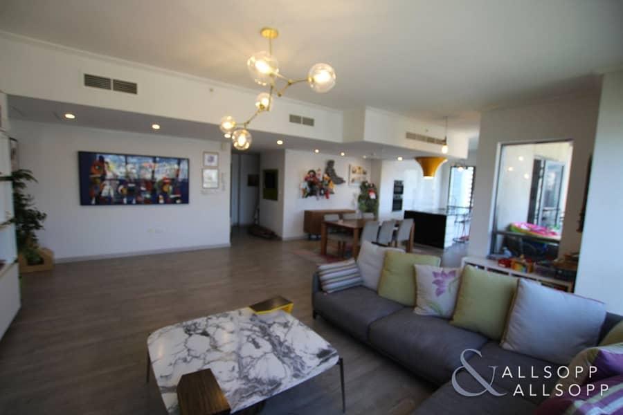 2 Three Large Bedroom | Spacious Living Room
