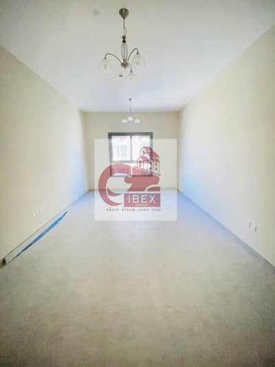 60 Days Free   Front of Metro   Brand New 2/BR   All Facilities  