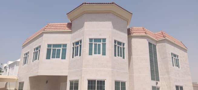 5 Bedroom Villa for Rent in Umm Al Sheif, Dubai - MAJESTIC & STYLISH 5BR VILLA  WITH PRIVATE POOL