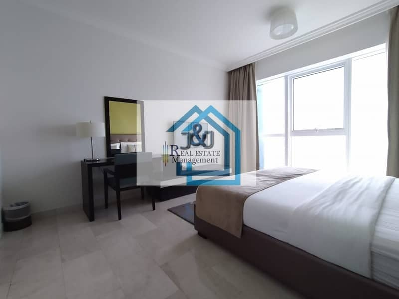 2 Stylish Fully Furnished 2 Bedroom Apartment with Corniche Views