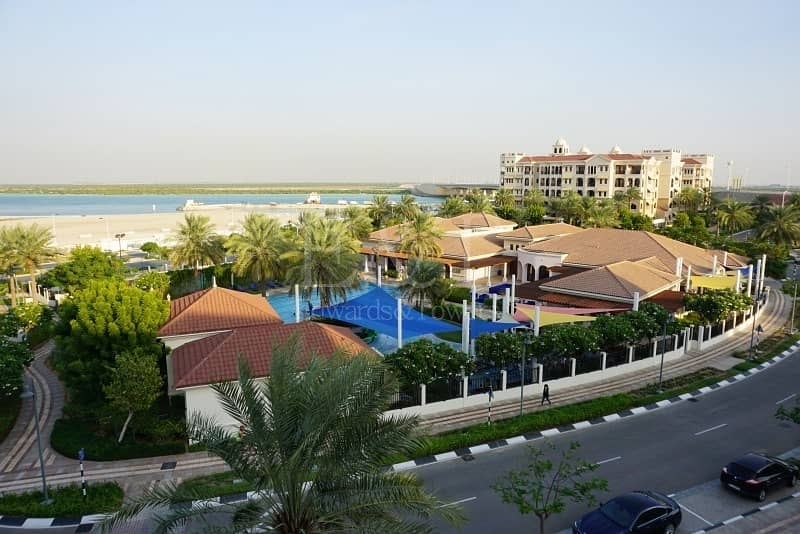 Hot Deal   Amazing 4 Master Bedrooms   w/ Sea View