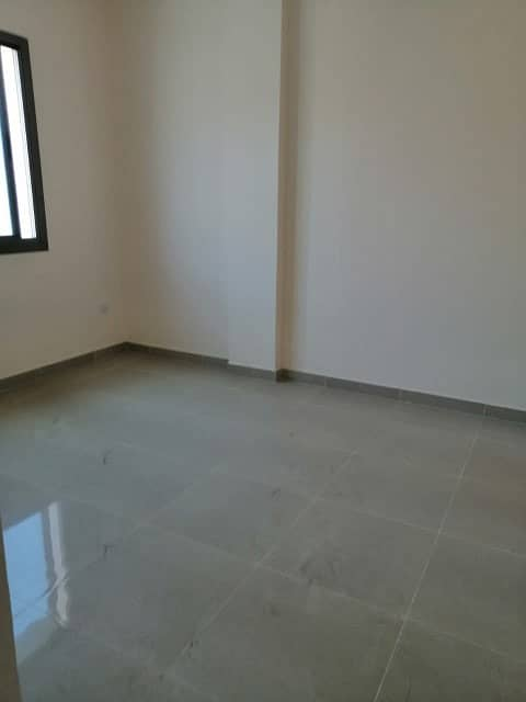 For rent apartment room, lounge and 2 bathrooms in Rashidiya
