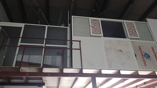 Warehouse for Rent in Industrial Area, Sharjah - ***AMAZING WERE HOUSE IN INDUSTRAIL 10 FOR RENT SIZE 3700SQFT. . .