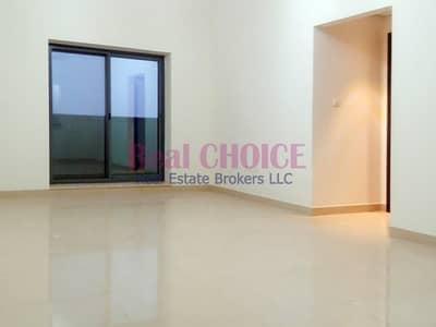 شقة 2 غرفة نوم للايجار في مدينة دبي الرياضية، دبي - Bright 2BR Apartment Golf Course View Up To 4 Chqs