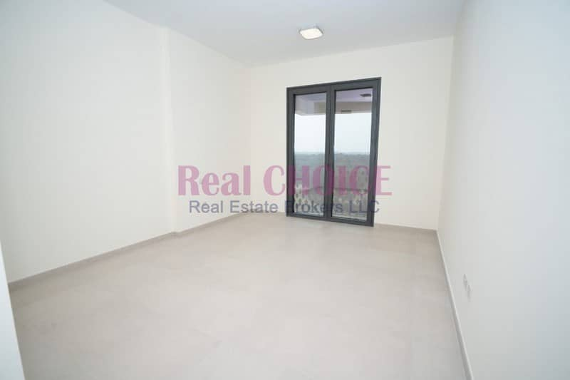 Available an amazing 3bedroom apartment in mirdif